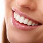 ząb u kobiety